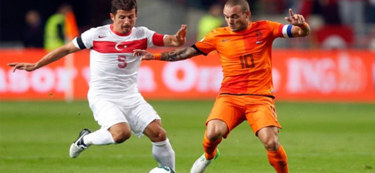 Netherlands and Turkey do not have the luxury of losing points (Photo: Mackolik)
