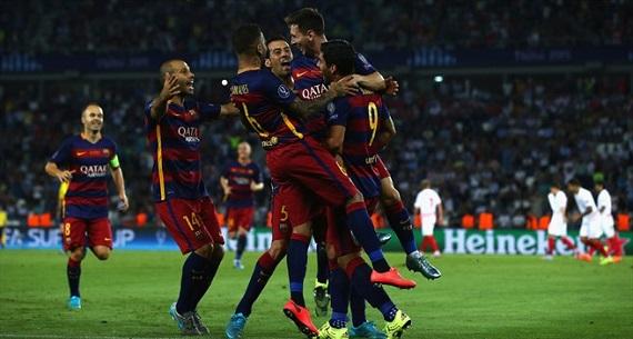 Messi hat-trick in UEFA Super Cup final
