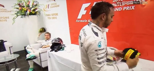 Rosberg throwing cap at Hamilton