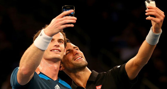 murray and djokovic taking a selfie
